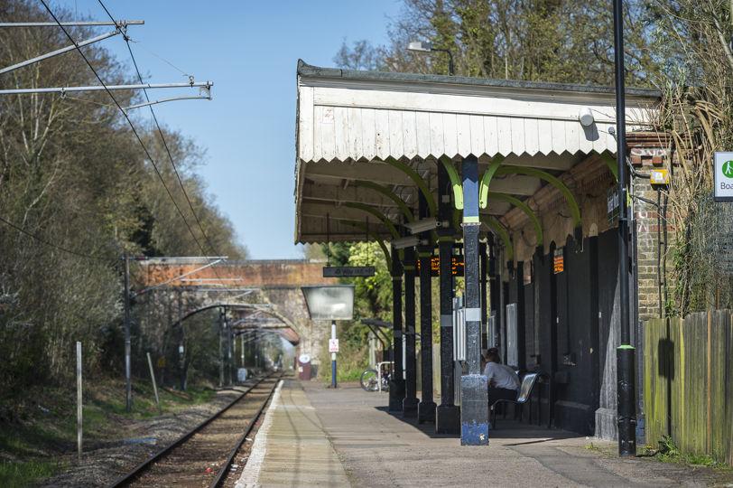 Bricket Wood Train Station