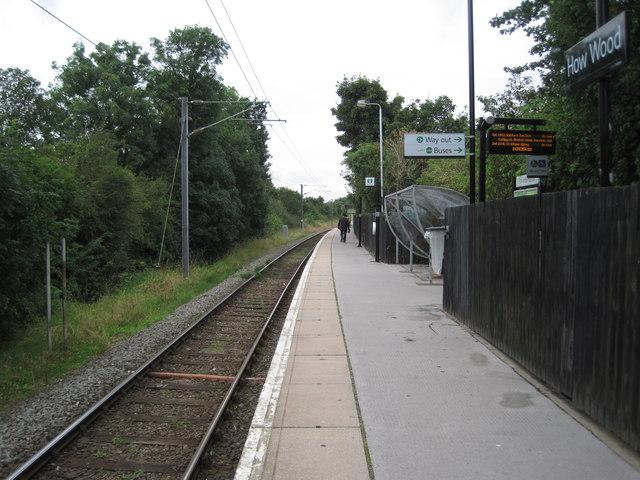 How Wood Train Station